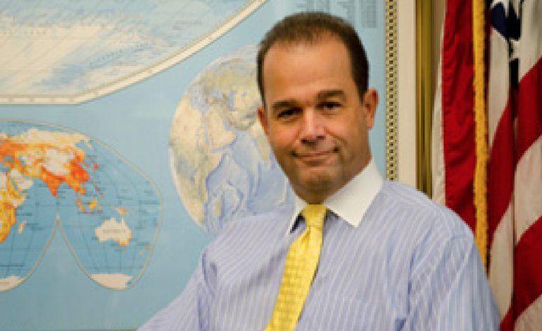 Renuncia Andre Mendes, director interino de Radio y Tv Martí