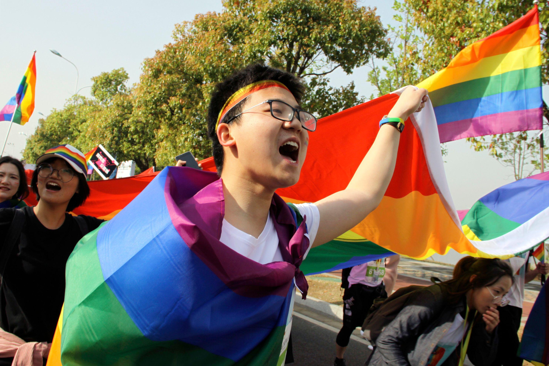 Website chino retira censura a temas gays tras críticas