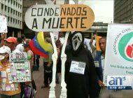 medicos y enfermos denuncian en las calles crisis sanitaria de venezuela