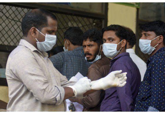 India envía equipos a investigar brote de mortal virus