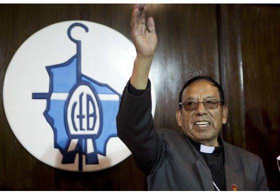El papa sorprende a Bolivia y designa cardenal a un indígena