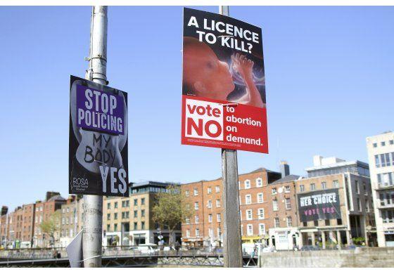 Irlanda: Vigilan redes sociales por referendo sobre aborto