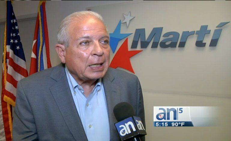 Renuncia Tomas Regalado a la dirección de Radio y TV Martí