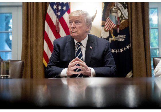 Trump dice que le advirtió a Putin sobre entrometerse