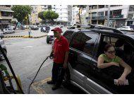 maduro elevara la gasolina a precios internacionales