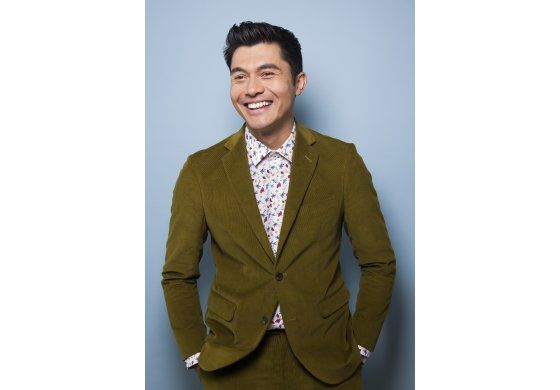 "Henry Golding de ""Crazy Rich Asians"" procesa loco estrellato"