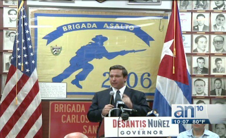 Ron Desantis y Jeannette Nuñez hacen campaña en la Brigada 2506
