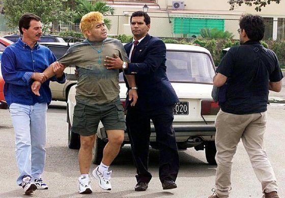 Maradona podría tener varios hijos en Cuba, dijo su abogado