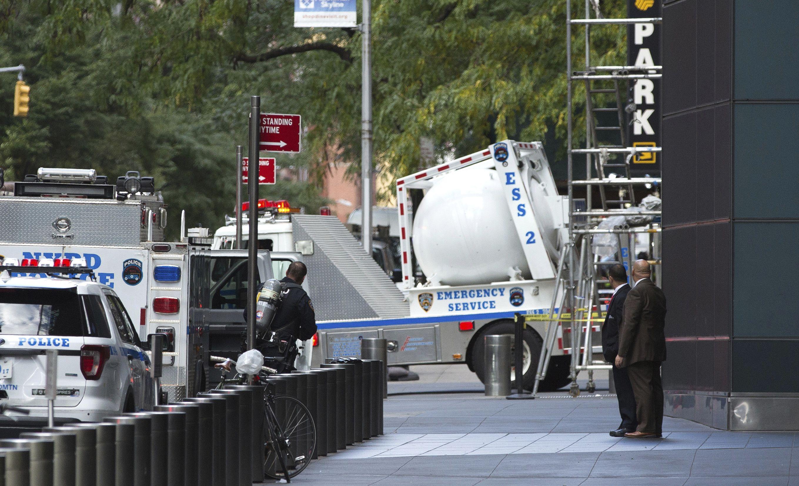Envían bombas a demócratas mientras crece tensión política