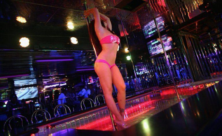 Las trajo de Cuba y las obligó a trabajar como strippers en el Sur de la Florida