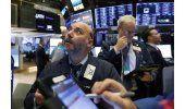 Wall Street con fuerte baja al mediodía