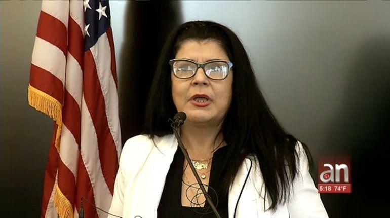 Cuatro médicos cubanos demandan en Miami a la OPS por trabajo esclavo en Brasil