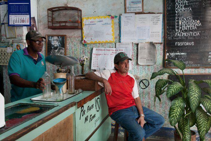 Aumenta el precio del café en el mercado negro en Cuba en medio de su nueva escasez en la isla