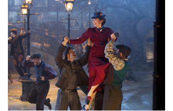 Reseña: Blunt es perfecta como Poppins