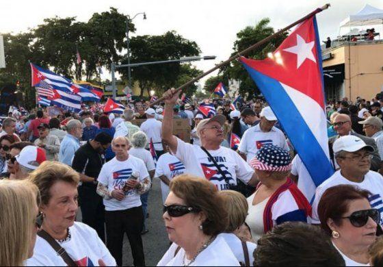 En tiempos de crisis con EEUU, Cuba convoca a sus emigrados