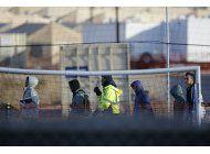 reporte: miles de ninos mas fueron separados de sus familias