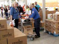 organizacion brinda ayuda a empleados federales de aeropuerto afectados por cierre del gobierno