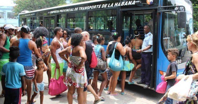 Fracasa experimento para reordenar el transporter privado en Cuba