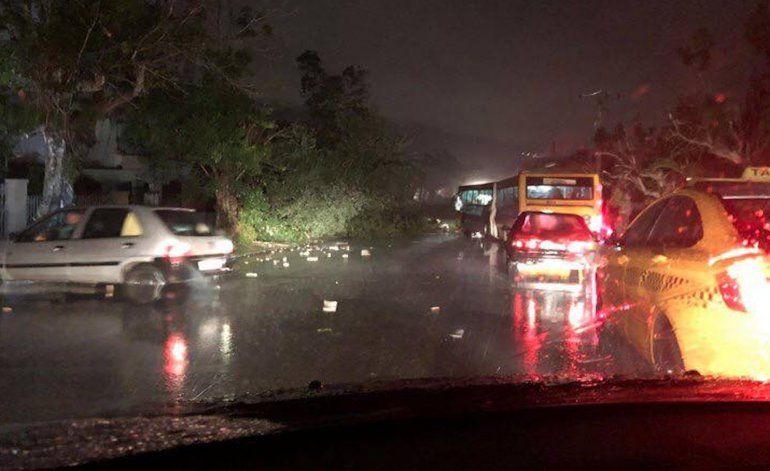 Las desgarradoras imágenes del tornado  que dejó tres muertos y 172 heridos en La Habana