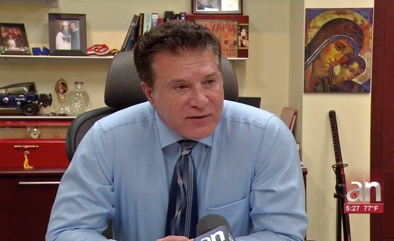 La ciudad de Hialeah tiene la oficina de emigración más rápida del Sur de la Florida