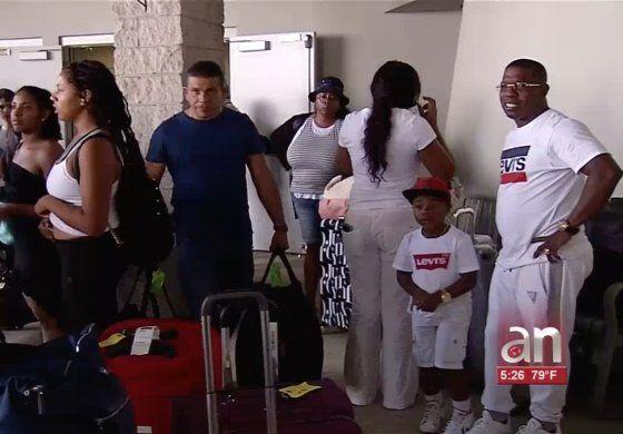 Regresa a Miami el crucero que impidieron atracar en La Habana y en el que viajaban cientos de cubanos exiliados para reunirse con sus familias