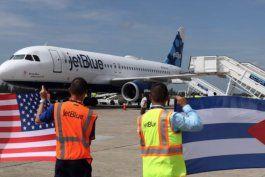 nuevas sanciones: eeuu restringira acceso del regimen cubano a aviones comerciales y otros bienes