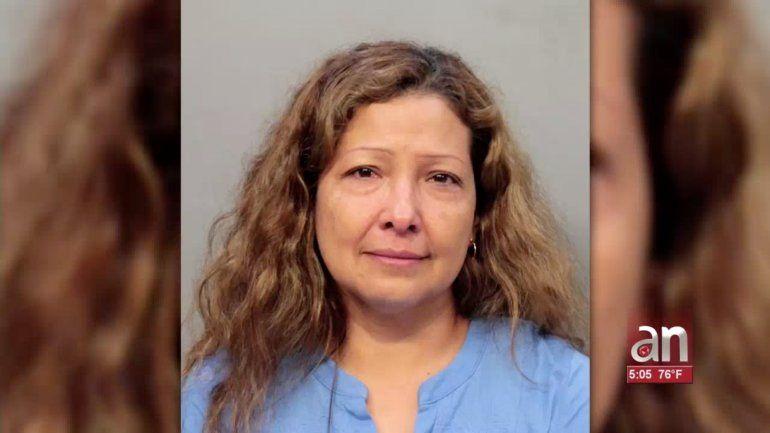 Tras las rejas una mujer que golpeo brutalmente a su hijo con un ablandador de carne en la cabeza por mentir  sobre sus tareas escolares