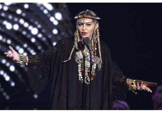 Madonna arregla su actuación desafinada en Eurovision