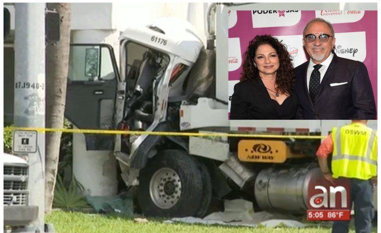 Camión choca contra estudio de los Estefan; deja 2 heridos