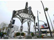 roban estatua de marilyn monroe de glorieta en hollywood