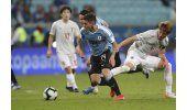 Uruguay recupera a Torreira para cuartos de final ante Perú