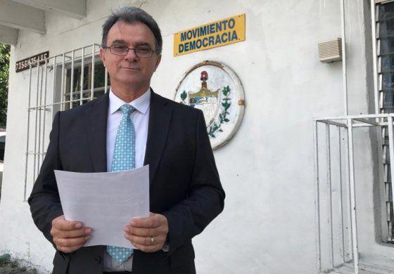 Niegan residencia en EEUU a Ramón Saúl Sánchez