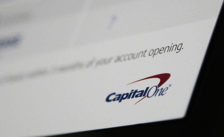 Una hacker ataca al banco estadounidense Capital One