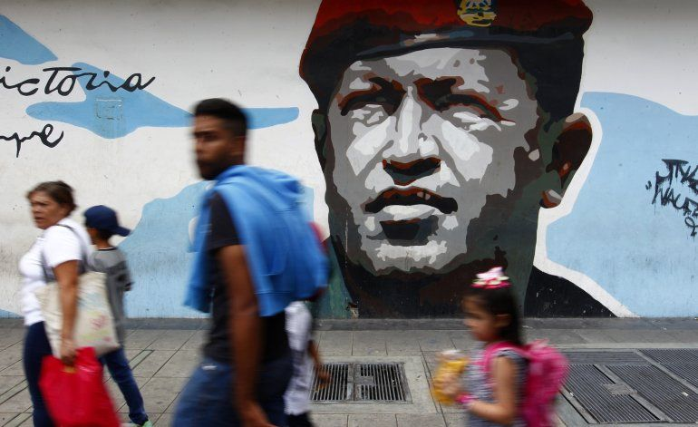 La presión de EEUU a Maduro pesa sobre diálogo en Venezuela