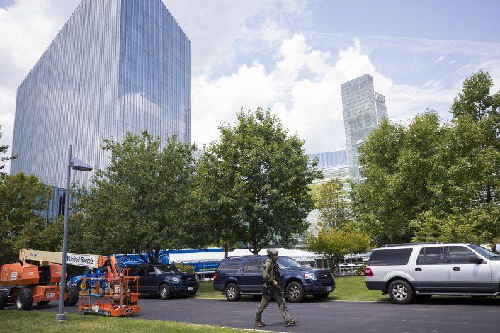 Evacúan sede de USA Today por reporte de hombre armado