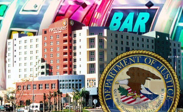 Ocho personas fueron acusadas de robar más 5 millones de dólares de máquinas de juego del casino Miccosukee