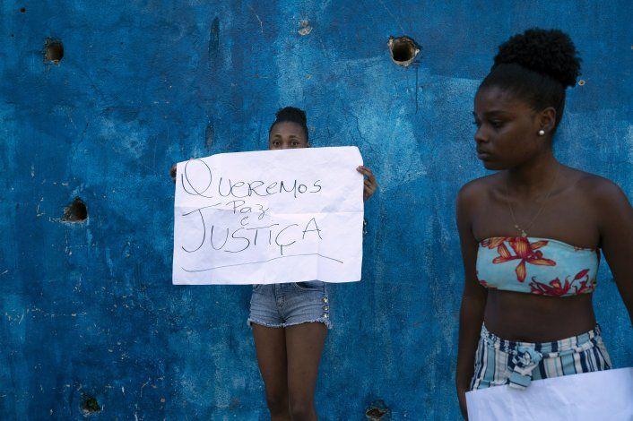 Estudiante en Río de Janeiro muere por bala perdida