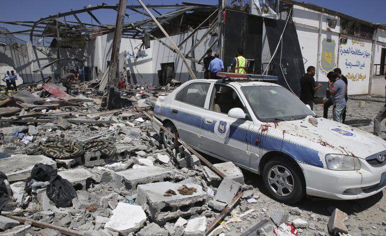 Coche bomba deja 3 muertos y 9 heridos en Libia