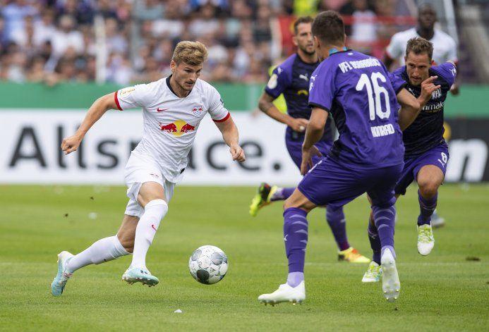 Rebic evita pronta salida de Fráncfort en Copa de Alemania