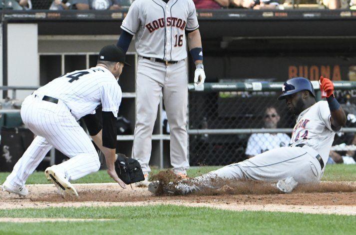 Greinke y Springer guían a Astros sobre Medias Blancas