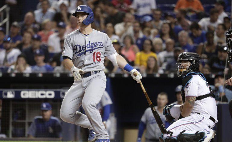 Smith da 2 de los 6 jonrones de Dodgers en paliza a Marlins