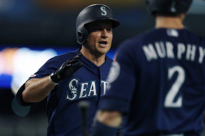 Seager y Murphy suman 5 jonrones en triunfo de Marineros
