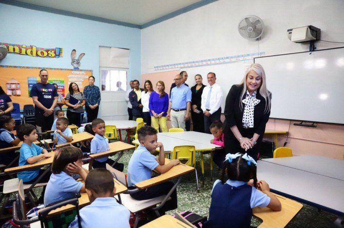 Gobernadora de Puerto Rico parece sobrellevar desafíos