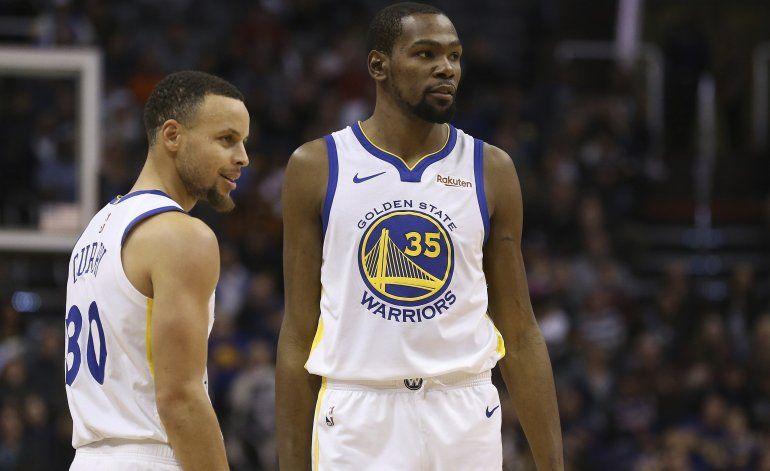 Curry acepta cambio en los Warriors, elogia a Durant