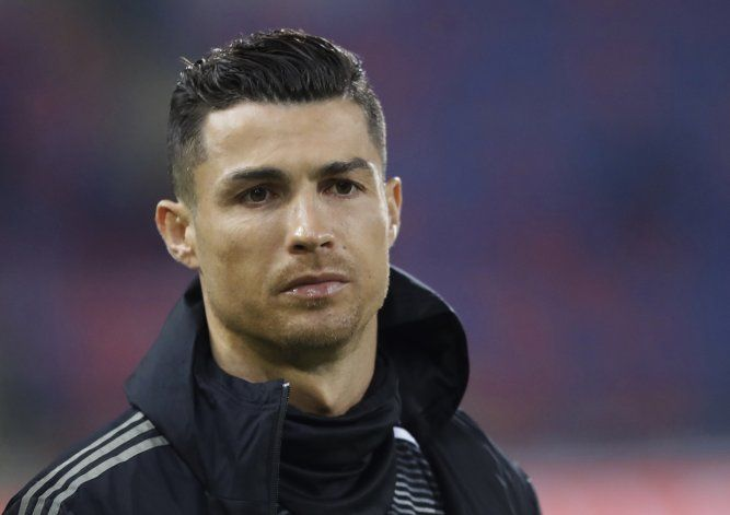 Abogados de Cristiano Ronaldo quieren arbitraje privado