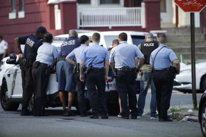 Al menos seis policías heridos en tiroteo en Filadelfia