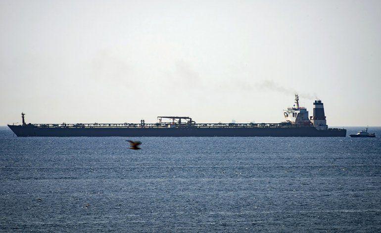 Gibraltar libera petrolero iraní; EEUU buscó incautarlo
