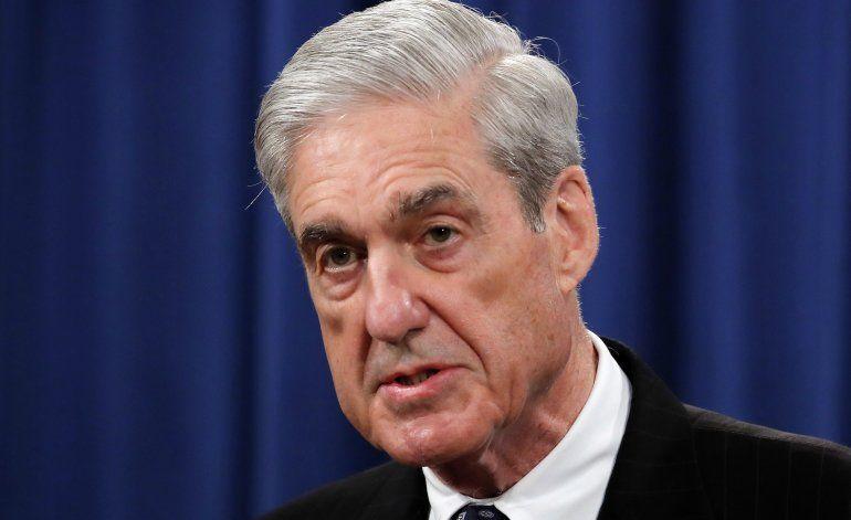 Citan a dos ex colaboradores de Trump por informe de Mueller