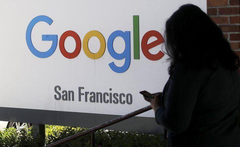 Empleados de Google piden que no trabaje con el ICE