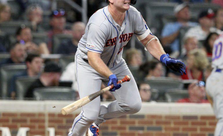 Alonso batea cinco hits y los Mets vencen 10-8 a los Bravos